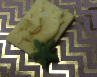 Lemon scented wax melt