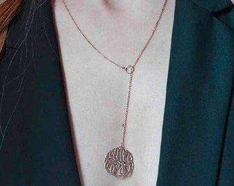 Initials monogram Y necklace ,Moving chain monogram pendant,Y necklace.Etsy trending fashion. Valent gift for women.