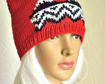 Hand knitted ''Twin peaks'' hat