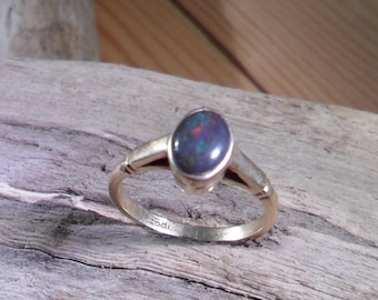 18ct Yellow Gold and Black Opal Ring