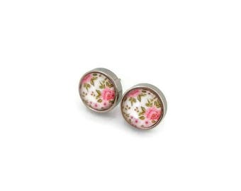 Studs - stainless steel Studs - round glass 8 mm - flower earring - hypoallergenic / Flowers earrings