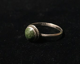 Vintage 60s Serpentine & Silver Ring