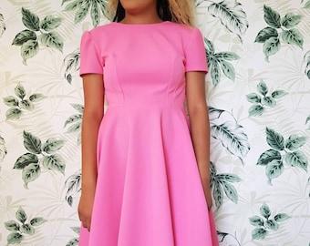 Pretty pink vintage dress - size UK 6/8 women's vintage clothing