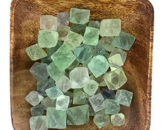 Fluorite Octahedron Small - Octahedron Fluorite - Heart Chakra - Thymus Chakra - Third Eye - Reiki - Energy Healing - Focus