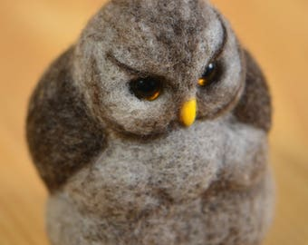 Toy Serious owl
