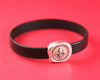 5A/7 MADE in EUROPE fleur de lis magnetic clasp, 10mm flat cord clasp, flat leather cord magnetic clasp (11538-0377) Qty1