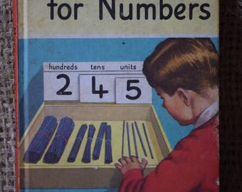 More Words for Numbers. A Vintage Ladybird Book. Words for Numbers Series 661. First Edition 1966