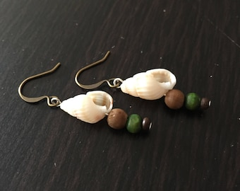 Shell Earrings, Boho Earrings, Earthy Earrings, Natural Earrings, Shell Jewelry, Boho Jewelry, Wood Bead Earrings, Small Earthy Earrings