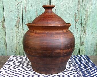 Ceramic casserole with lid Authentic ukrainian clay cookware handmade Not glazed Stoneware dinnerware Unglazed Hand thrown Made in Ukraine