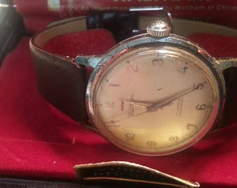 Vintage 17j Waltham Watch with case