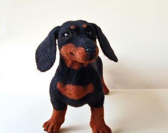 Needle felted dachshund. Needle felted dog. Needle felted animal. Dog portrait. Dog figurines.