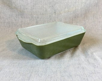 Vintage Dark Green Verde Pyrex 1 1/2 Quart Oblong Casserole Dish with Ribbed Glass Lid