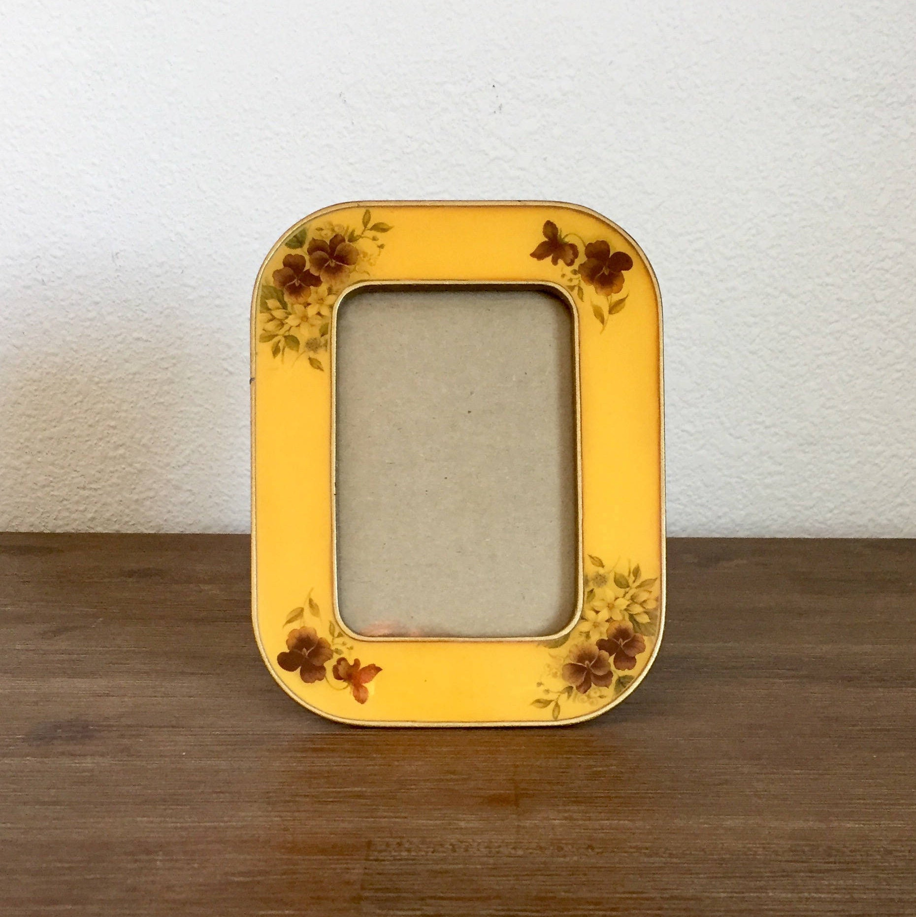 Yellow enamel metal floral picture frames bucklers enamel 1800 shipping jeuxipadfo Choice Image