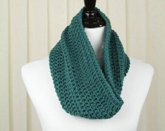 Wool Infinity Scarf • Green Scarf • Chunky Crochet Cowl • Knit Infinity Scarf • Chunky Knit Cowl • Winter Scarf • Snood