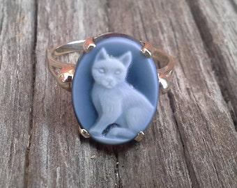 10K Gold Blue Agate Cat Cameo Ring, 10 Karat Gold, 10KP Gold Ring, Idar-Oberstein, German Cameo Ring, Vintage Cat Jewelry. FREE SHIPPING