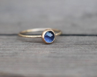 14 k  Gold Sapphire Ring