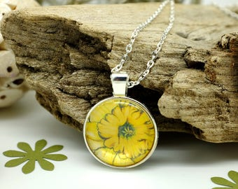 Daffodil Pendant, Yellow Necklace, Handcrafted Jewelry, Flower Necklace, Nature Lover Gift, March Birthday, Silver Necklace, Girlfriend Gift