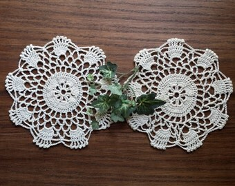 Vintage Crochet Lace Doilies,  Medallions, 7 Inch, Natural Off White Ecru, Small Crocheted Doilies
