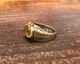 Antique 14k yellow gold emerald cut citrine ring with beautiful etching