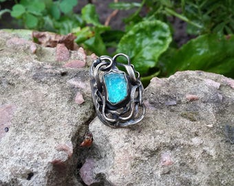 Blue Apatite Ring, Rough Apatite Ring, Raw Apatite Crystal Ring, Neon Apatite Jewelry, Raw Stone Ring, Hand Forged Ring