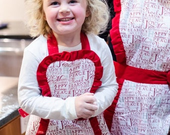 Made to order Children's aprons, Girls cute Apron, Cupcake Apron , Size 3t 4t 5t 6t, birthday children's aprons, apron, cotton apron