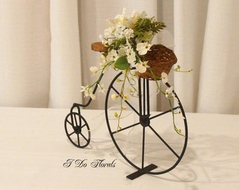 Outdoor Wedding Bicycle Centerpiece, Spring Wedding Decoration, Bicycle Table Centerpiece, Spring Centerpiece, White Wedding Centerpiece