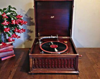 Antique Pathé Freres phonograph Working tabletop phonograph Antique Pathe phonograph gramophone Working turntable Portable phonograph
