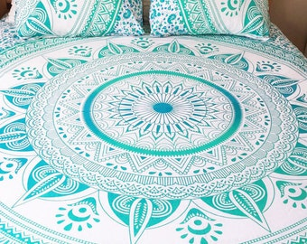 King or Queen size Mandala Tapestry and pillowcases. Mandala bedspread, wall tapestry,  Beach blanket, Boho dorm room, Hippie decor
