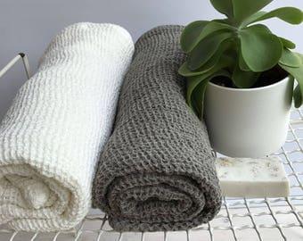 Linen bath towel, textured linen towel, massage towel, bath sheet, sauna towel, woven waffle towel, 100% linen, natural towel, pure linen
