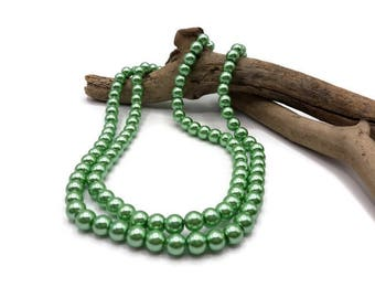 100 light 8 mm - A156 green Pearly glass beads