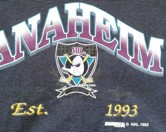 Vintage 1993 90's Anaheim Mighty Ducks striped black & grey t-shirt Made in Canada large