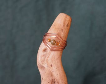 Copper ring with an agate.