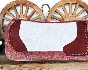 Western Barrel Trail Show Horse Gray Wool Felt Burgundy Leather Contoured Spine Saddle Pad 31X30