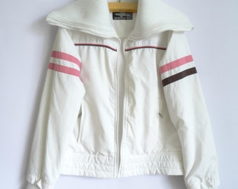 White Sports Jacket/ Jacket with Knit Collar/ Jacket with a zipper/Sleeve with pink and black stripes