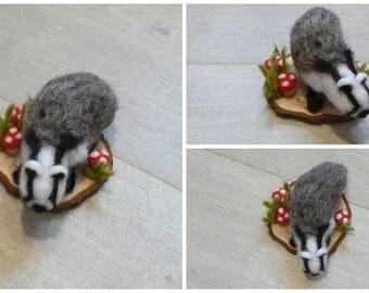Bagder,Needle felt badger,Badger ornament,Badger gift,Wildlife,Woodland animal