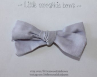 Hand Tied Gracie bow ~ Lilac