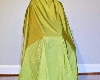 "TrendingTools2 SNAP BUTTON Enclosure Hair Cutting Cape Salon Barber Stylist Styling Cape ""Green"" Size-Large"