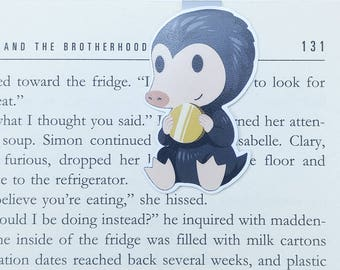 Niffler - Magnetic bookmark - Fantastic Beasts || book lover gifts | harry potter | bookmark | bookish | bookmarks | hogwarts