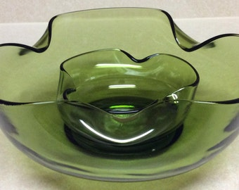 Vintage Anchor Hocking Accent Modern Chip 'N Dip Green Glass Bowls Set Of Two