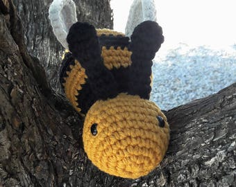 Bee Amigurumi with wings. Crochet Toy. Baby toy. Washing machine. Cotton 100%