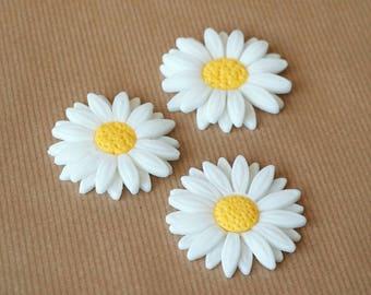 12 fondant daisy cupcake toppers, fondant flower cake topper, white flowers, white daisies, floral topper, gerber daisy spring decoration