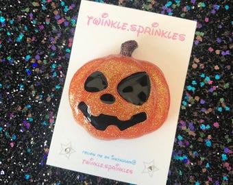 Jack o lantern pumpkin brooch / necklace