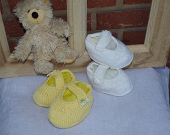 White felted Merino Baby Booties