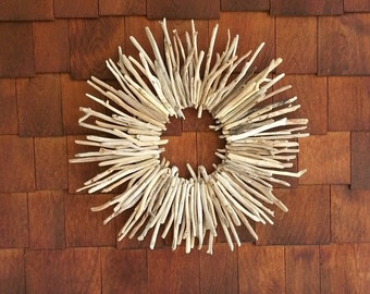 Driftwood Wreath, Driftwood Wall Art, Driftwood Beach Decor, Lake Erie Beach Decor, Cottage Driftwood Art, Beach Home Decor, Farmhouse Decor