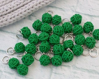 Stitch markers, Gift for Knitters, Knitters Gift, Green Stitch Markers, Balls of yarn Markers, Knitting markers, Markers for knitting