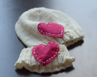 Set of beanie and headband. Hand knit from white merino for newborn baby girl. 2 pieces set. Pre-made. Ready to ship.