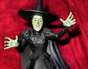 The Wicked Witch of the West W/ Magic Ball Snow Globe with wizard of oz characters