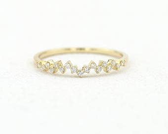 14k Gold Diamond Wedding Band / Half Eternity Diamond Wedding Band Prong Setting / Stackable Diamond Ring / Dainty Diamond Ring