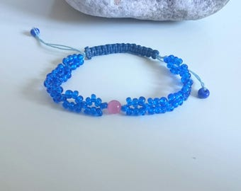 Adjustable Bracelet Blue and Pink - Beads of Rocks and Eye of Cat - macramé knots