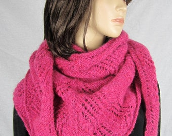 FUCHSIA - Colored air shawl - hand knitted